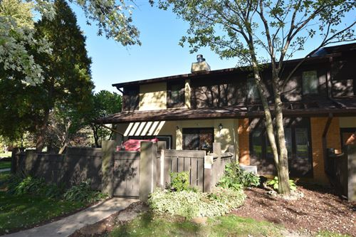 Photo of 3341 W Canterbury Rd, Greenfield, WI 53221 (MLS # 1713709)