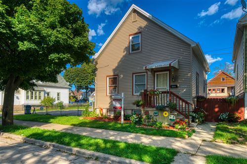Photo of 2406 S 17th St, Milwaukee, WI 53215 (MLS # 1659719)