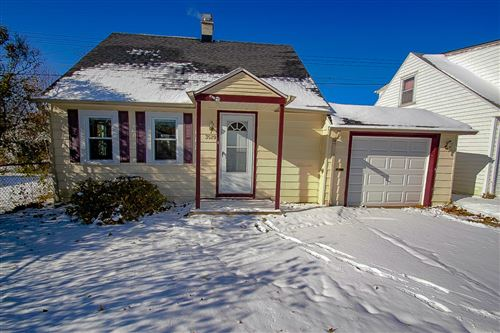 Photo of 3529 N 97th St, Milwaukee, WI 53222 (MLS # 1678816)