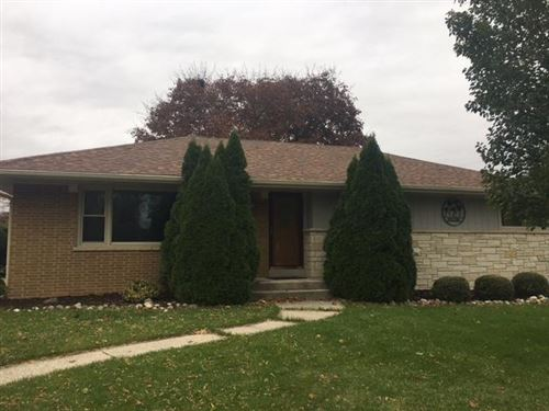 Photo of 5993 S 35th #St, Greenfield, WI 53221 (MLS # 1665846)