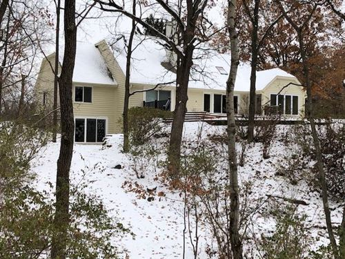 Photo of N1W31139 Wildwood Trl, Delafield, WI 53018 (MLS # 1633866)