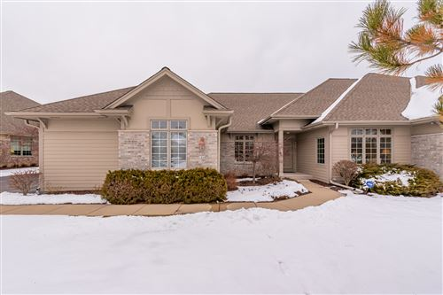Photo of 7454 W Heron Pond Dr, Mequon, WI 53092 (MLS # 1676878)