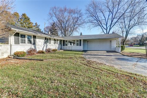 Photo of 11046 W Courtland Ave, Wauwatosa, WI 53225 (MLS # 1669996)