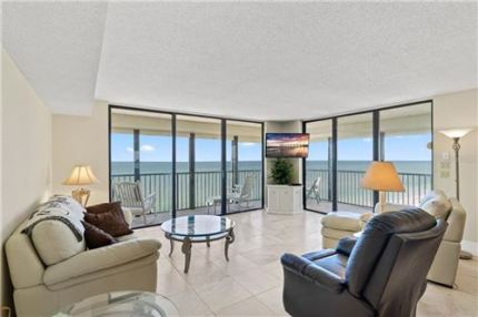 Photo of 15400 GULF BOULEVARD #705, MADEIRA BEACH, FL 33708 (MLS # U8044247)