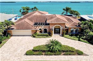 Photo of 879 HARBOR ISLAND, CLEARWATER, FL 33767 (MLS # U8039303)