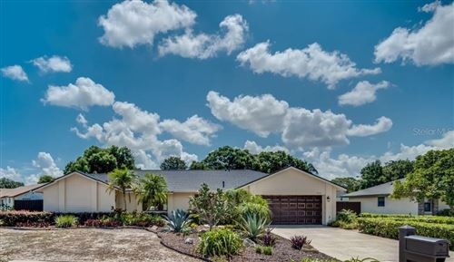 Photo of 9370 PALM TREE DRIVE, WINDERMERE, FL 34786 (MLS # O5961401)