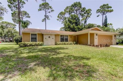 Photo for 2058 GARY COURT, PALM HARBOR, FL 34683 (MLS # U8048539)