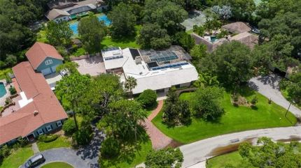 Photo for 1725 LONG BOW LANE, CLEARWATER, FL 33764 (MLS # U8052566)