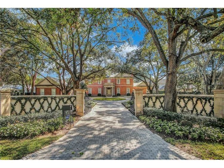 Photo for 1010 S FRANKLAND RD S, TAMPA, FL 33629 (MLS # T2868833)