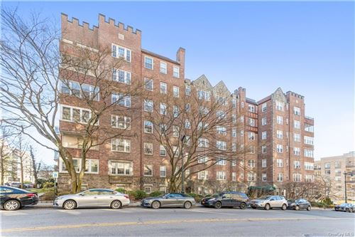 Photo of 21 N Chatsworth Avenue #3N, Larchmont, NY 10538 (MLS # H6099053)