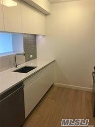 Photo of 138-35 39 Avenue #7th FL, Flushing, NY 11354 (MLS # 3254308)