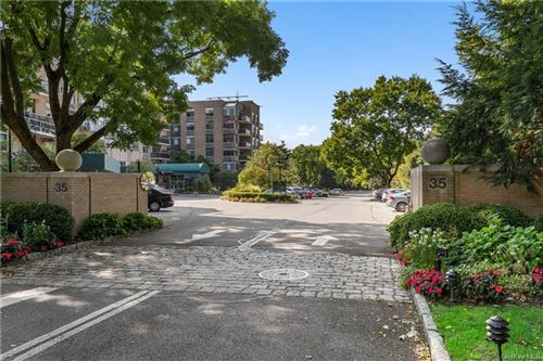Photo of 35 N Chatsworth Avenue #1L, Larchmont, NY 10538 (MLS # H6058689)
