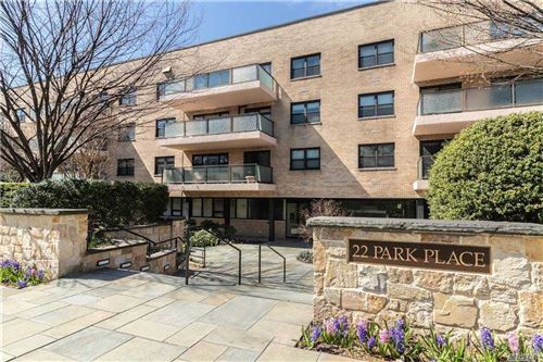 Photo of 22 Park Place #3-0, Great Neck, NY 11021 (MLS # 3262879)