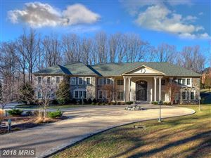 Photo of 904 CHINQUAPIN RD, McLean, VA 22102 (MLS # FX10155544)