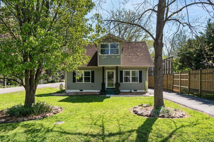 Photo for 1101 Parkview Dr, Franklin, TN 37064 (MLS # 2244142)