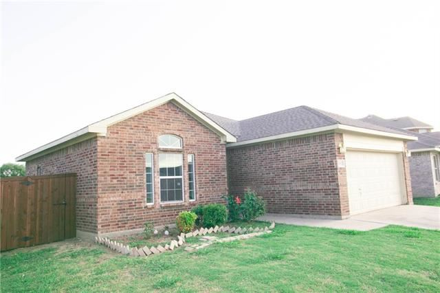 Photo for 2012 Alanbrooke Drive, Fort Worth, TX 76140 (MLS # 14163050)