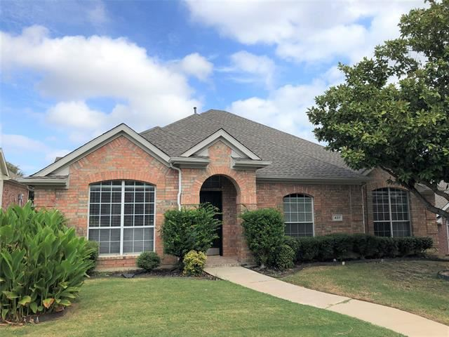 Photo for 437 Crestview Point Drive, Lewisville, TX 75067 (MLS # 14203101)