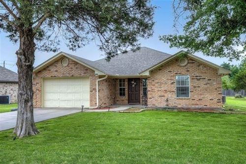 Photo of 909 Enlow Circle, Commerce, TX 75428 (MLS # 14574204)