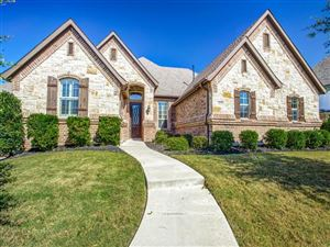 Photo of 612 Highview Lane, Hurst, TX 76054 (MLS # 14206207)