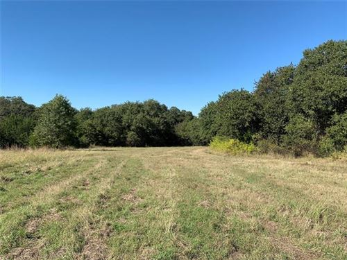 Photo of 7802 Fm 1885, Weatherford, TX 76088 (MLS # 14692252)