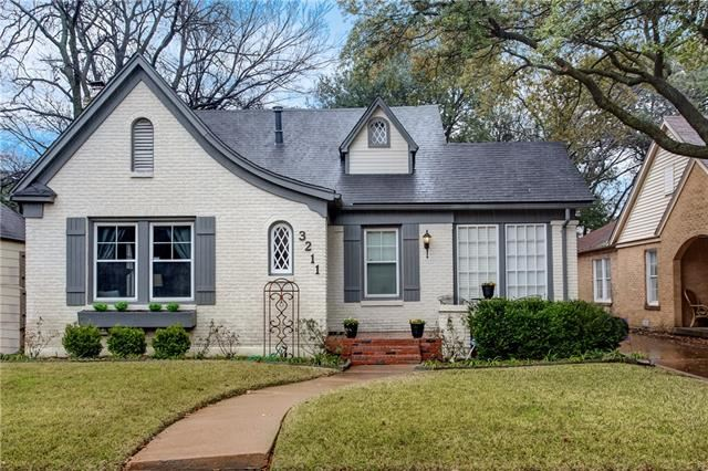 Photo for 3211 Cockrell Avenue, Fort Worth, TX 76109 (MLS # 14085316)
