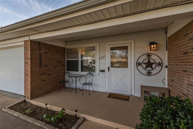 Photo for 1807 N Highland Avenue, Sherman, TX 75092 (MLS # 14453404)