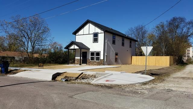 Photo for 2104 Marshall Street, Greenville, TX 75401 (MLS # 14690430)