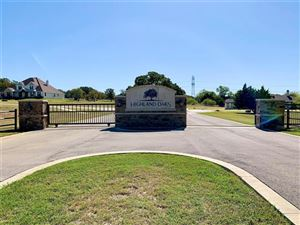 Photo of 4009 Highland Oaks Lane, Cleburne, TX 76031 (MLS # 14208449)