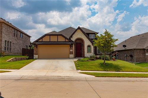 Photo of 411 Lakeview Drive, Alvarado, TX 76009 (MLS # 14631472)