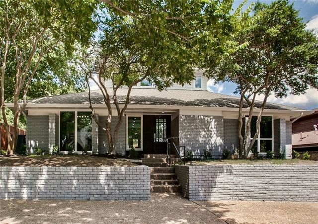 Photo for 216 Canyon Valley Drive, Richardson, TX 75080 (MLS # 14181539)