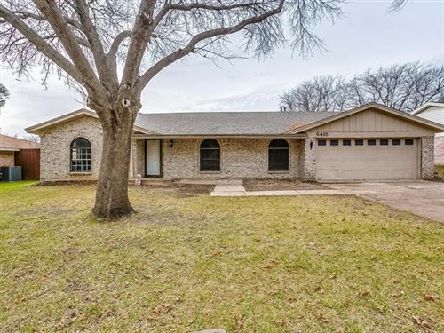 Photo of 6416 Ponce Avenue, Fort Worth, TX 76133 (MLS # 14239602)
