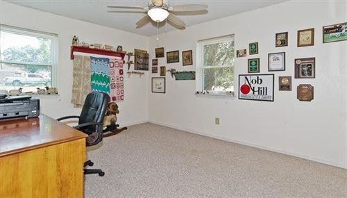 Tiny photo for 108 N Hill Top Court, Springtown, TX 76082 (MLS # 14689625)