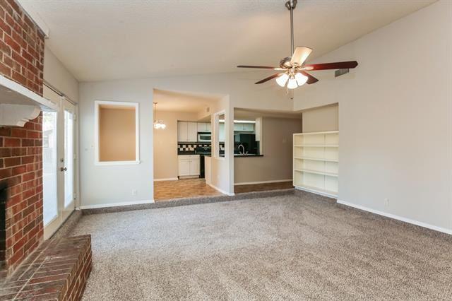 Photo for 2317 Newbury Drive, Arlington, TX 76014 (MLS # 14475707)