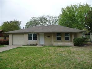 Photo of 213 E Vista Drive, Garland, TX 75041 (MLS # 14167742)