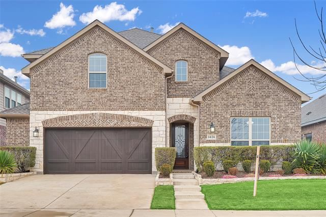 Photo for 1424 4th Street, Argyle, TX 76226 (MLS # 14252776)