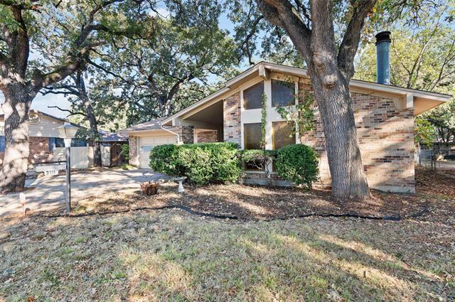 Photo for 3311 Bob O Link Lane, Denton, TX 76209 (MLS # 14689832)