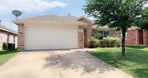 Photo of 911 Pinebrook Drive, Grand Prairie, TX 75052 (MLS # 14599922)