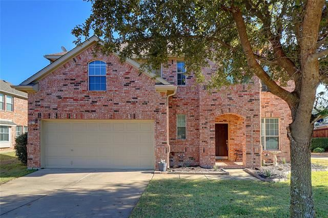 Photo for 3812 Lakeway Drive, Grapevine, TX 76092 (MLS # 14235966)