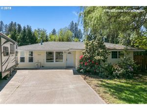 Photo of 9660 SW LEWIS LN, Tigard, OR 97223 (MLS # 19609011)