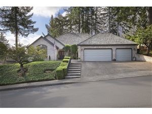 Photo of 1338 TROON DR, West Linn, OR 97068 (MLS # 19238161)