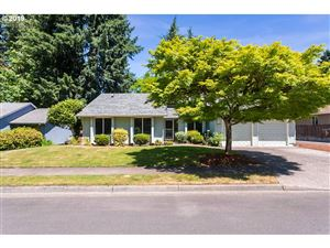 Photo of 10171 SW CHICKASAW CT, Tualatin, OR 97062 (MLS # 19270305)