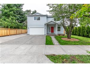 Photo of 5045 NE JARRETT ST, Portland, OR 97218 (MLS # 19269339)