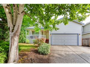 Photo of 15928 SW SUNDEW DR, Tigard, OR 97223 (MLS # 19598499)