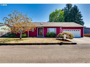 Photo of 596 S IVY ST, Canby, OR 97013 (MLS # 19621626)