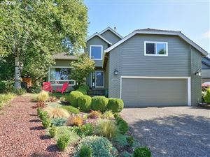 Photo of 6100 CANTER LN, West Linn, OR 97068 (MLS # 19290723)