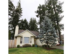 Photo of 17140 SW 131ST AVE, Tigard, OR 97224 (MLS # 19364743)