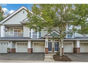 Photo of 6735 SUMMERLINN WAY, West Linn, OR 97068 (MLS # 19418859)