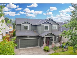 Photo of 780 NW HARVEST MOON DR, Hillsboro, OR 97124 (MLS # 19002950)