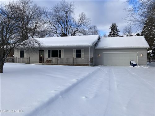 Photo of 3602 Driftwood Drive, Cadillac, MI 49601 (MLS # 21002241)