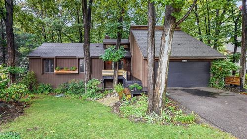 Photo of 3935 Lakeridge Drive, Holland, MI 49424 (MLS # 20040950)